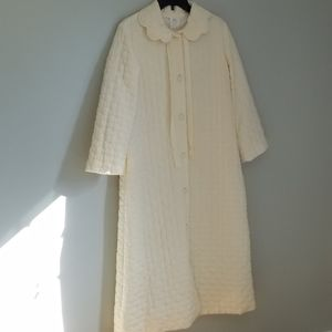 Vintage Ivory Quilted Floor Length Robe